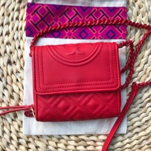 TORY BURCH 🔴Fleming Mini chain wallet Red